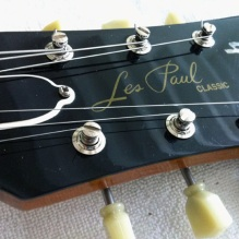 Gotoh Magnum Lock Kulson-type tuners for Les Paul